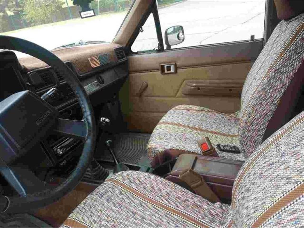 1986 Toyota Pickup (CC-1418497) for sale in Cadillac, Michigan