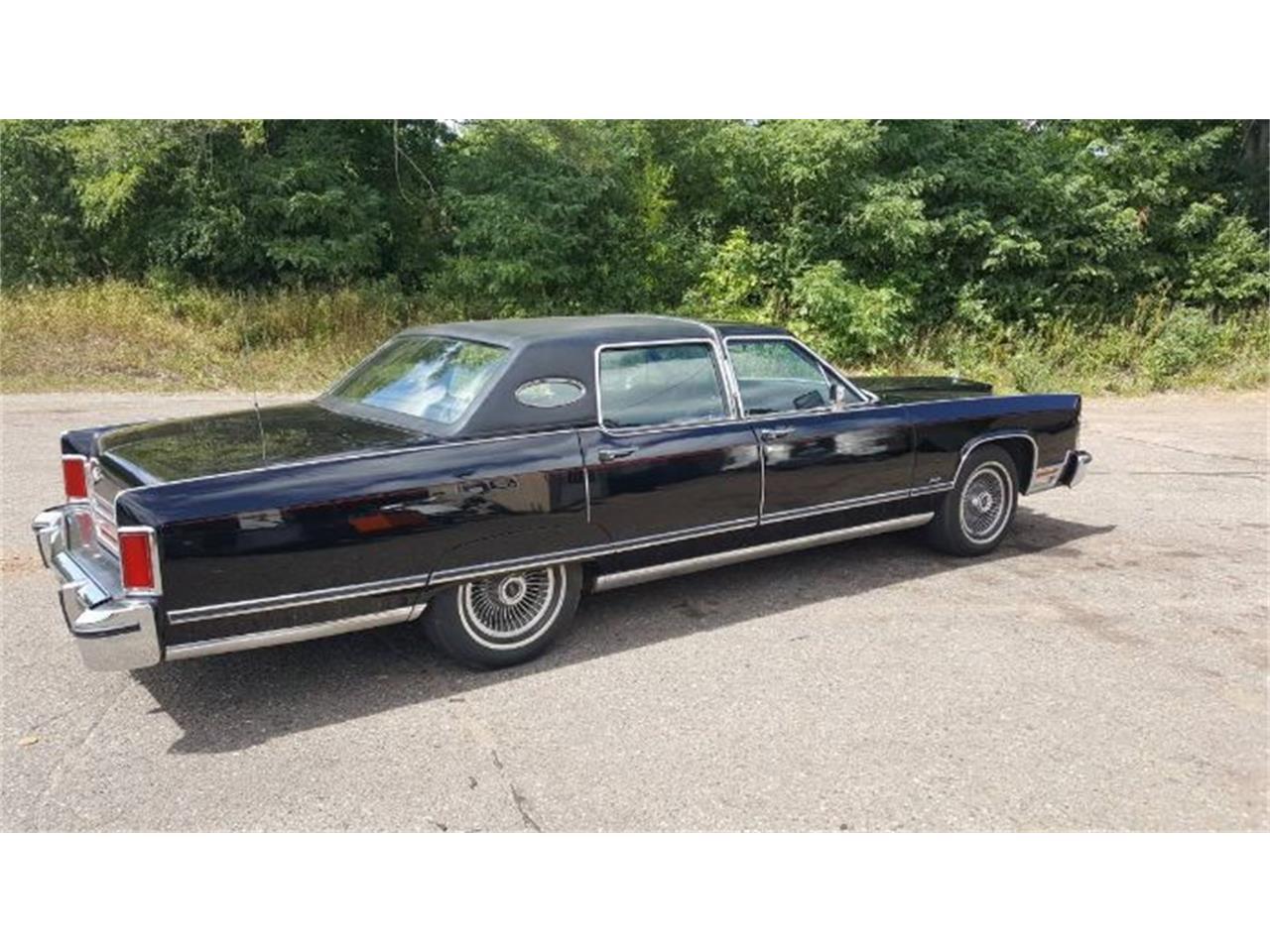1977 Lincoln Continental (CC-1419925) for sale in Cadillac, Michigan