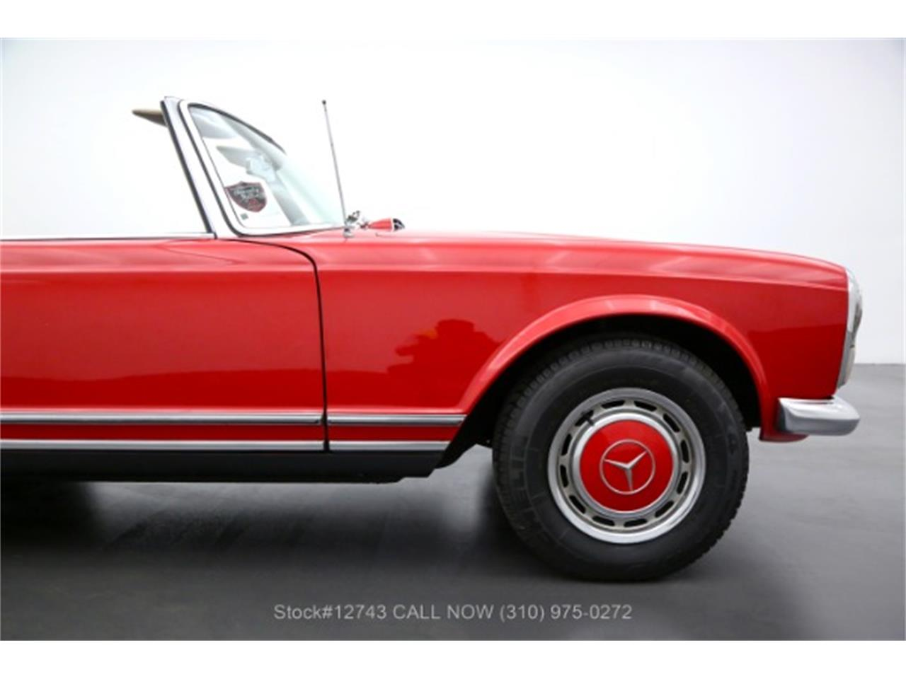 1967 Mercedes-Benz 230SL (CC-1421297) for sale in Beverly Hills, California