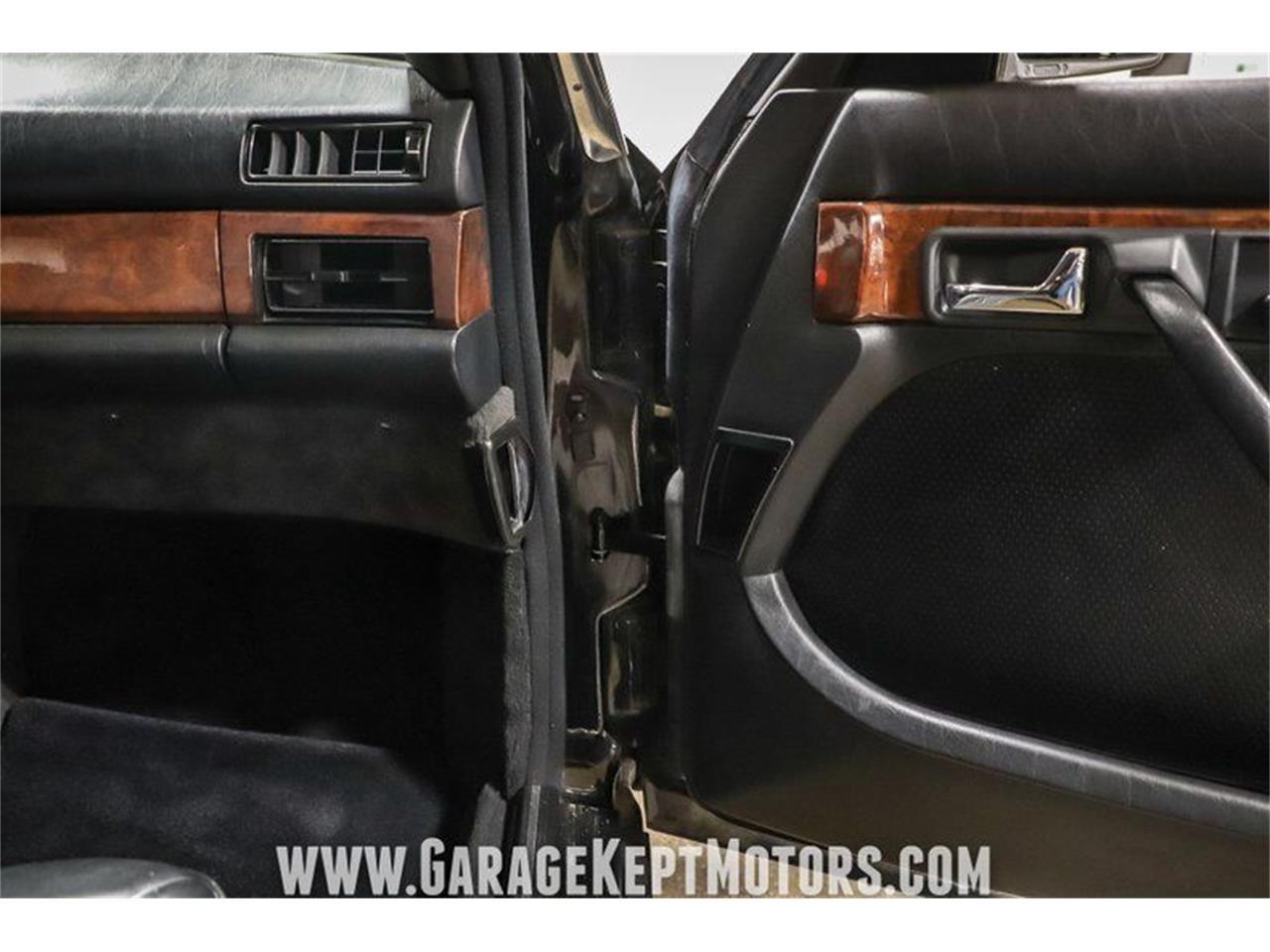 1984 Mercedes-Benz 500 (CC-1421794) for sale in Grand Rapids, Michigan