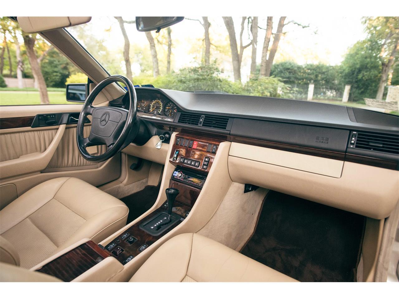 1995 Mercedes-Benz E320 (CC-1422157) for sale in Rowlett, Texas