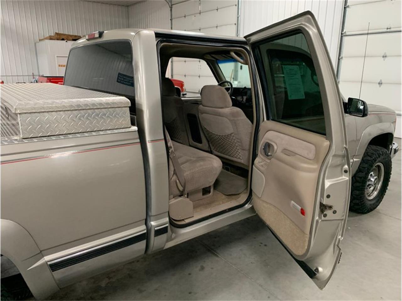 1999 Chevrolet Silverado (CC-1422314) for sale in Holland , Michigan