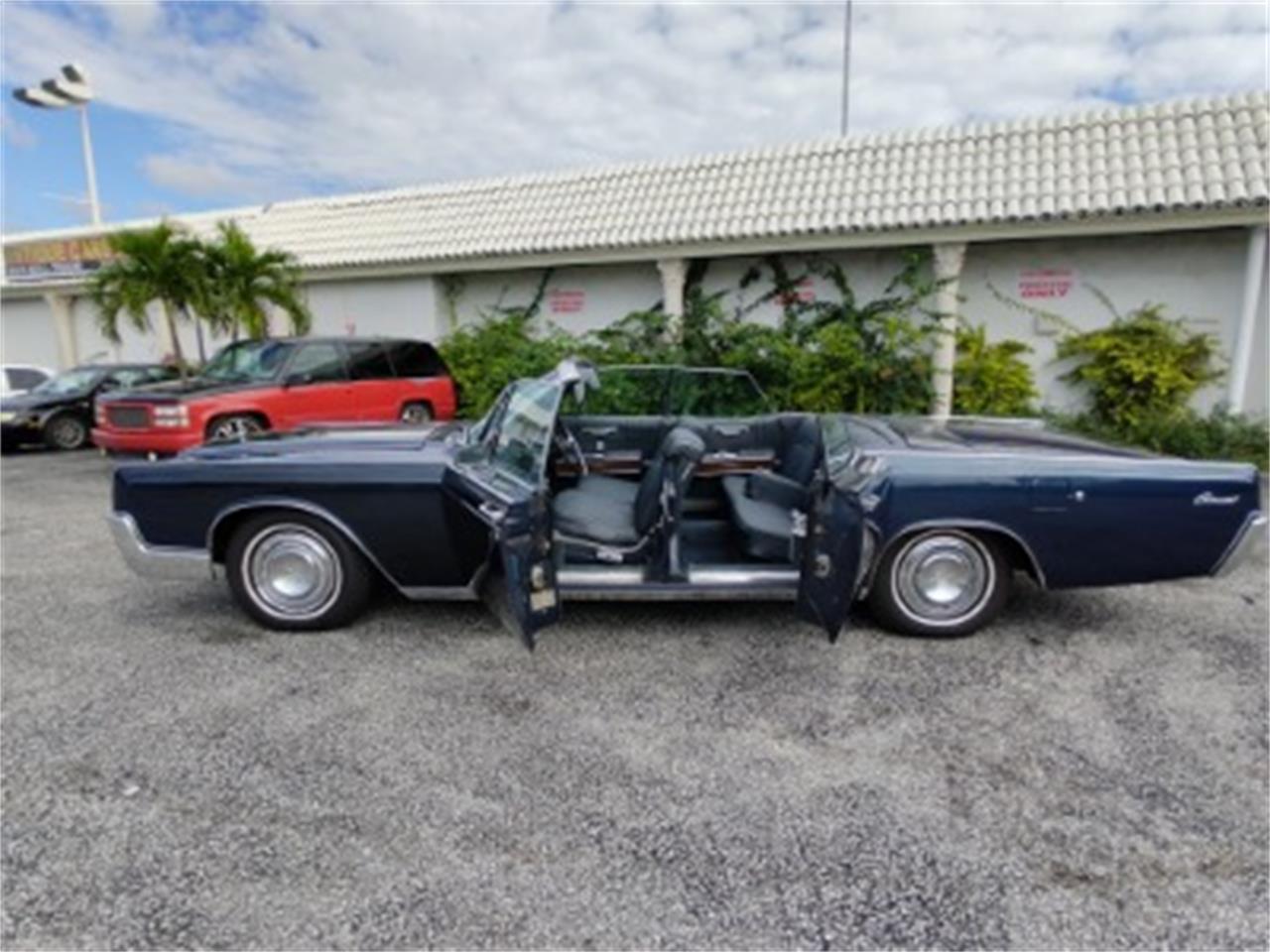 1967 Lincoln Continental (CC-1420247) for sale in Miami, Florida
