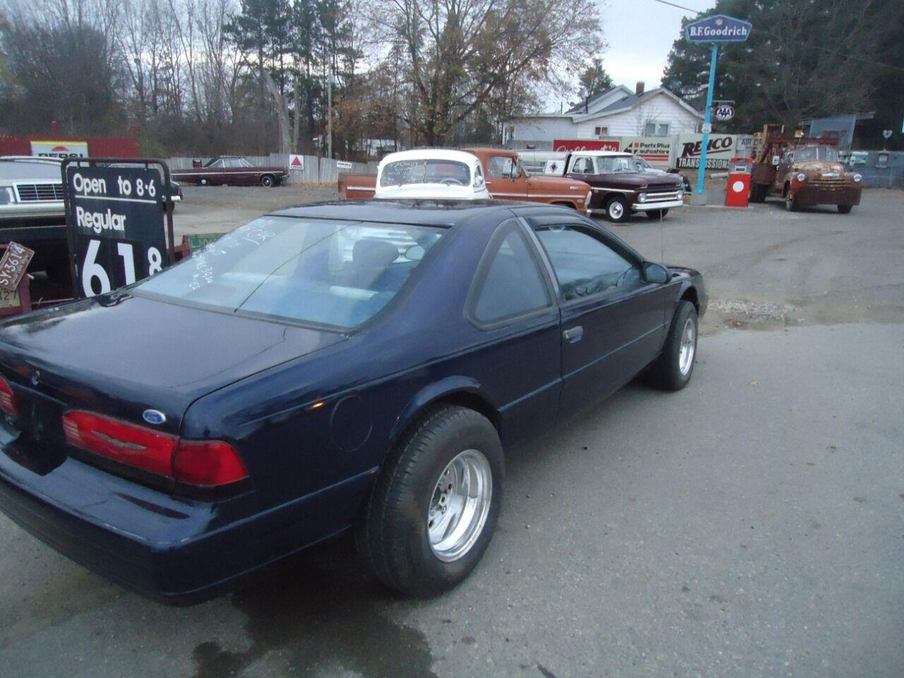 1993 Ford Thunderbird (CC-1422515) for sale in Jackson, Michigan