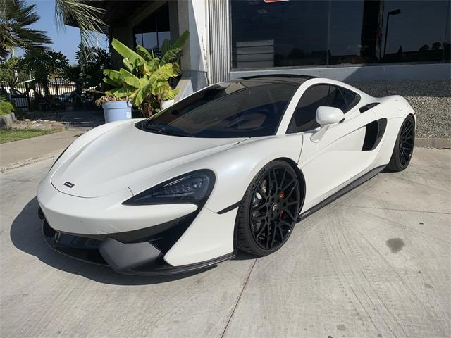 2017 McLaren 570GT (CC-1423308) for sale in Anaheim, California