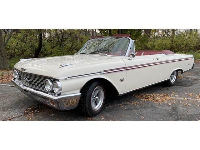 1962 Ford Galaxie 500 Sunliner (CC-1423866) for sale in North olmsted, Ohio