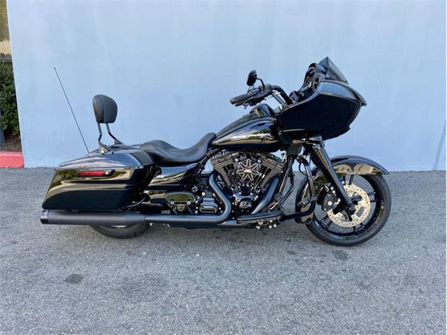 2015 Harley-Davidson Road Glide (CC-1423994) for sale in Irvine, California