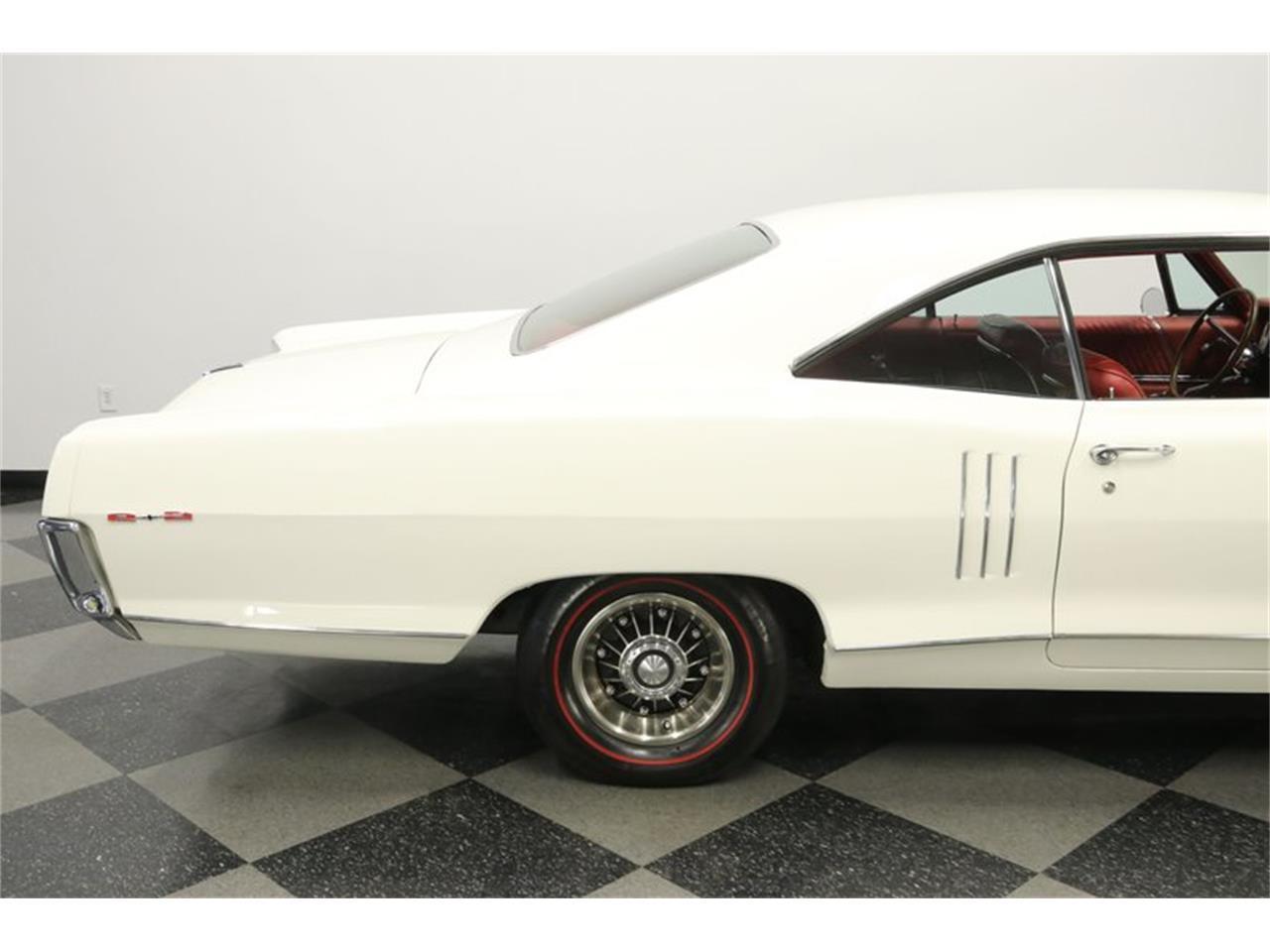 1966 Pontiac 2 plus 2 (CC-1420416) for sale in Lutz, Florida