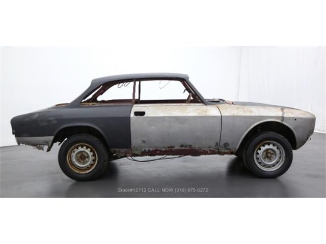 1972 Alfa Romeo 2000 GT (CC-1424196) for sale in Beverly Hills, California