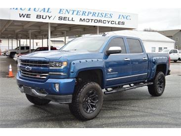 2018 Chevrolet Silverado (CC-1424382) for sale in Springfield, Massachusetts