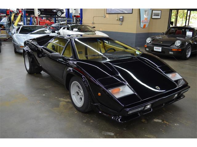 1986 Lamborghini Countach (CC-1424444) for sale in Huntington Station, New York