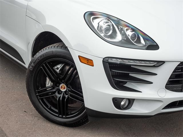 2016 Porsche Macan (CC-1424669) for sale in Kelowna, British Columbia