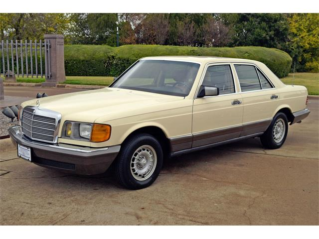 1982 Mercedes-Benz 300 (CC-1424890) for sale in Fort Worth, Texas