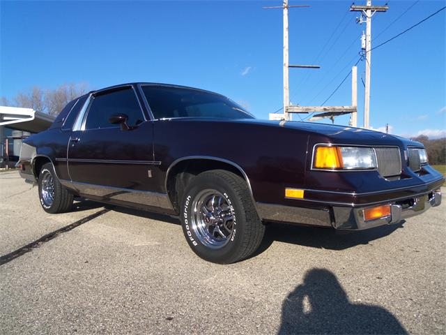 1987 Oldsmobile Cutlass Supreme Brougham (CC-1425154) for sale in JEFFERSON, Wisconsin