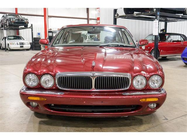 1998 Jaguar XJ8 (CC-1426037) for sale in Kentwood, Michigan