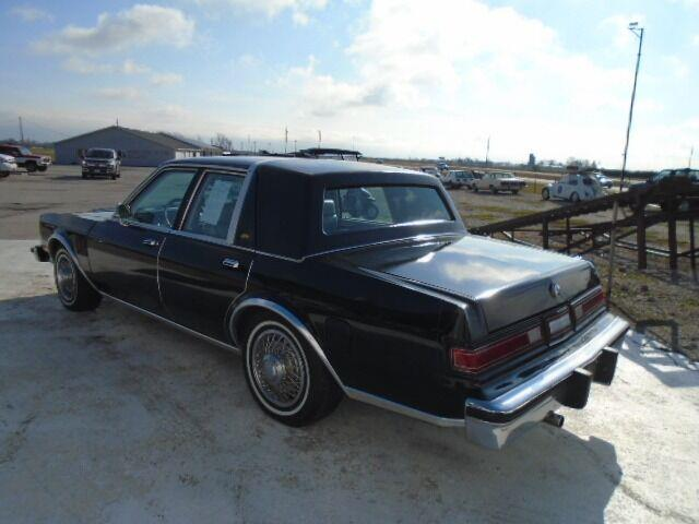 1984 Chrysler Fifth Avenue (CC-1426110) for sale in Staunton, Illinois