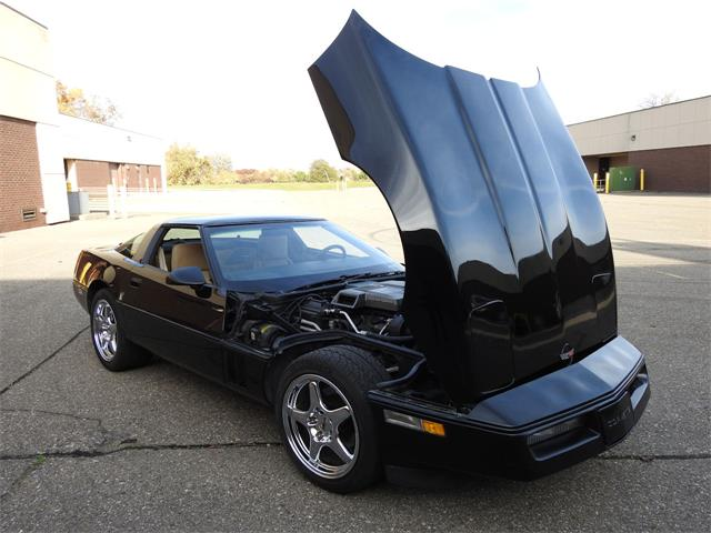1984 Chevrolet Corvette (CC-1427530) for sale in O'Fallon, Illinois