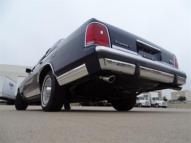 1991 Ford Crown Victoria (CC-1427636) for sale in O'Fallon, Illinois