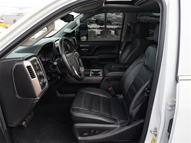 2019 GMC 2500 (CC-1427733) for sale in Kelowna, British Columbia