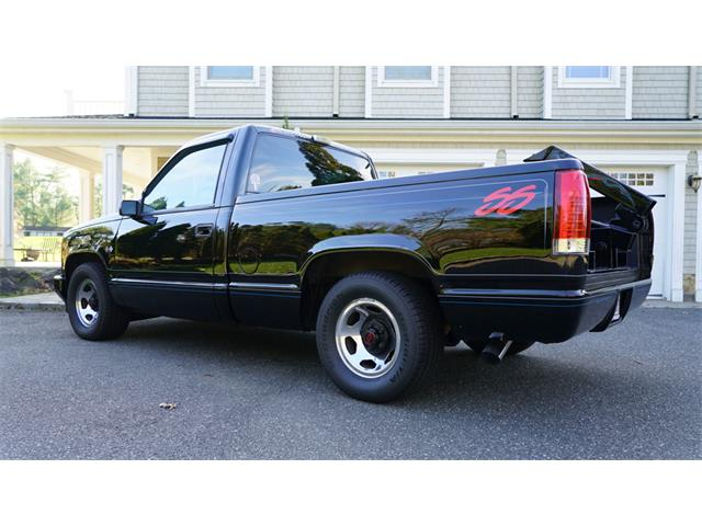 1990 Chevrolet C/K 1500 (CC-1428587) for sale in Old Bethpage, New York