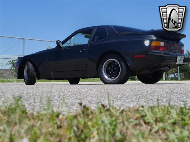 1984 Porsche 944 (CC-1428940) for sale in O'Fallon, Illinois