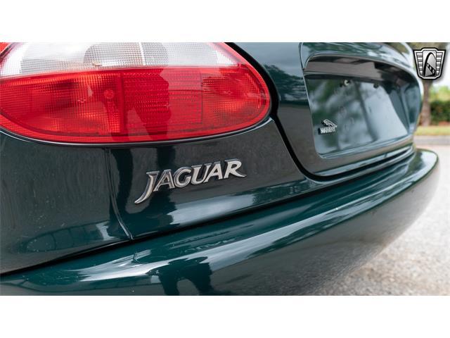 1997 Jaguar XK8 (CC-1428987) for sale in O'Fallon, Illinois
