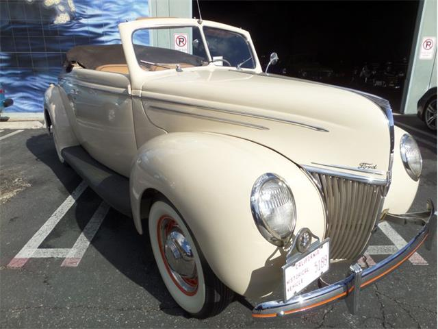 1939 Ford Deluxe (CC-1429990) for sale in Laguna Beach, California