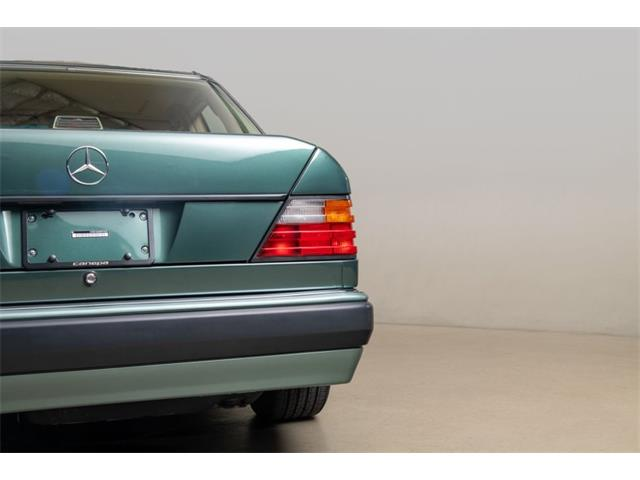 1992 Mercedes-Benz 500 (CC-1431310) for sale in Scotts Valley, California