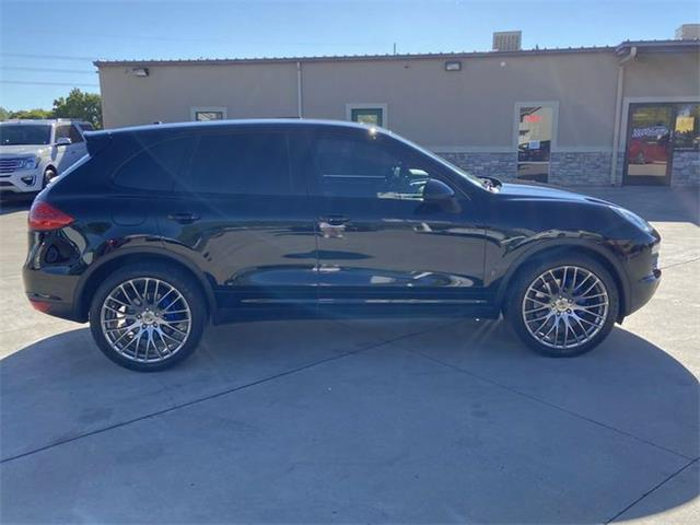 2020 Porsche Macan (CC-1431435) for sale in Cadillac, Michigan