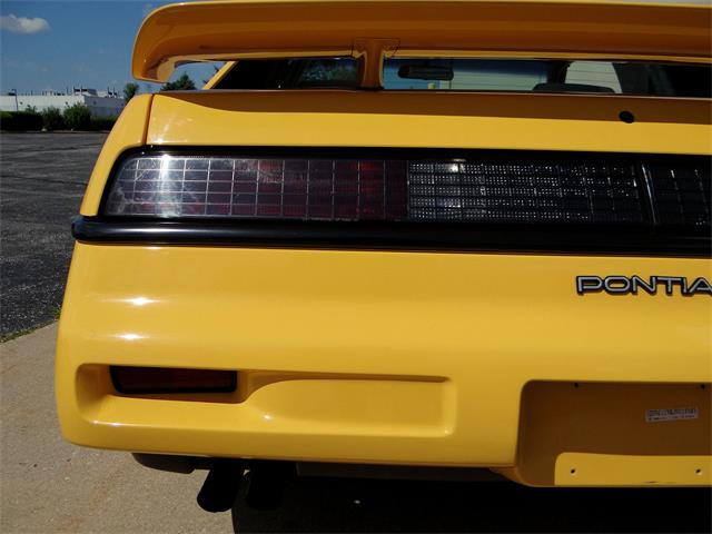 1988 Pontiac Fiero (CC-1431535) for sale in O'Fallon, Illinois