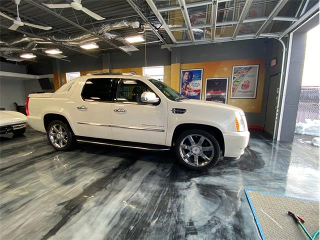 2013 Cadillac Escalade (CC-1431943) for sale in West Babylon, New York