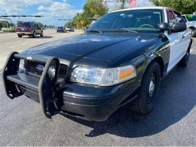 2011 Ford Crown Victoria (CC-1432146) for sale in Cadillac, Michigan