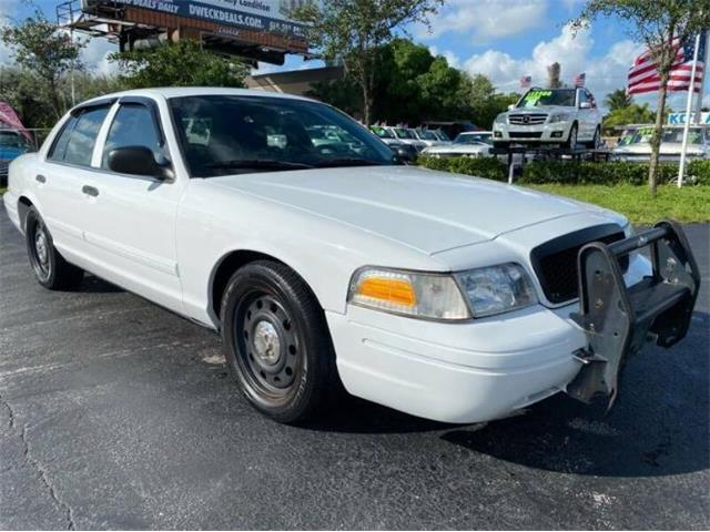 2009 Ford Crown Victoria (CC-1432190) for sale in Cadillac, Michigan