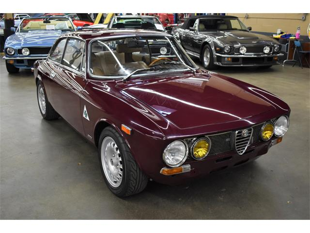 1974 Alfa Romeo 2000 GT (CC-1432324) for sale in Huntington Station, New York