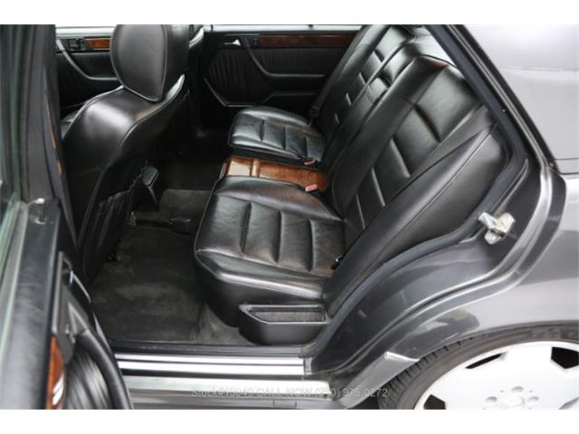 1992 Mercedes-Benz 500 (CC-1432360) for sale in Beverly Hills, California