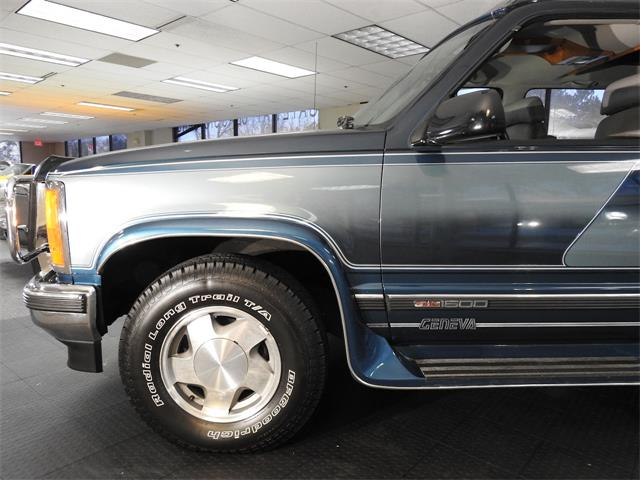 1993 GMC 1500 (CC-1432362) for sale in O'Fallon, Illinois