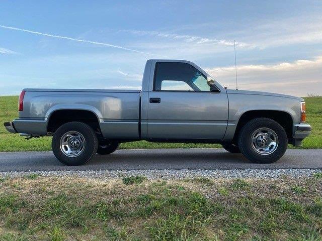 1988 Chevrolet C10 (CC-1432592) for sale in Greensboro, North Carolina