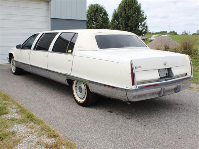 1996 Cadillac Fleetwood (CC-1432783) for sale in Christiansburg, Virginia