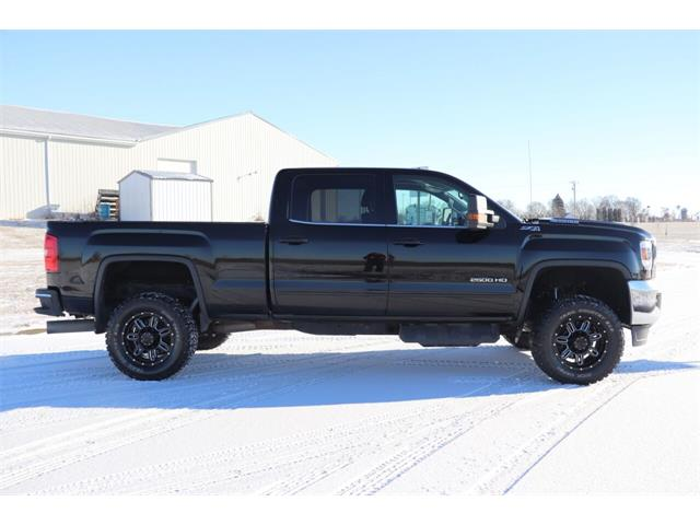 2017 GMC 2500 (CC-1432968) for sale in Clarence, Iowa