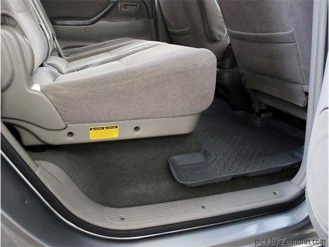 2004 Toyota Sequoia (CC-1433196) for sale in Addison, Illinois