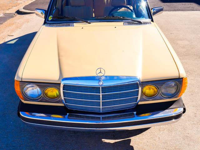 1982 Mercedes-Benz 300 (CC-1433359) for sale in Jackson, Mississippi