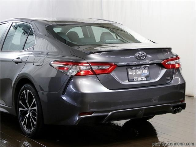 2018 Toyota Camry (CC-1434355) for sale in Addison, Illinois