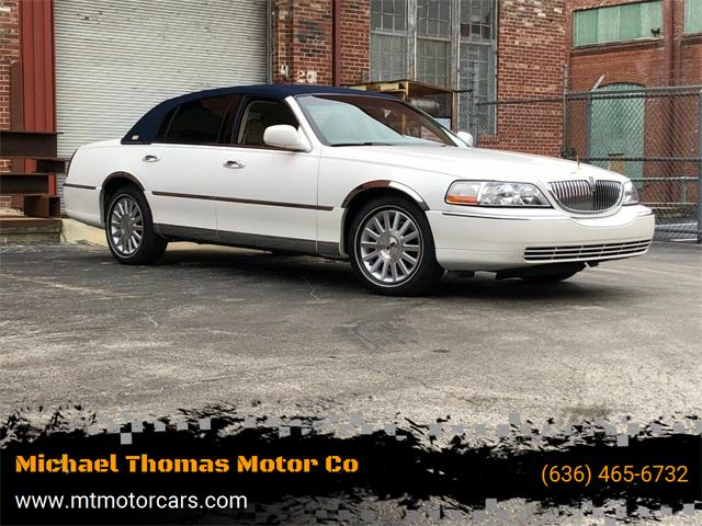 2003 Lincoln Town Car (CC-1434389) for sale in Saint Charles, Missouri