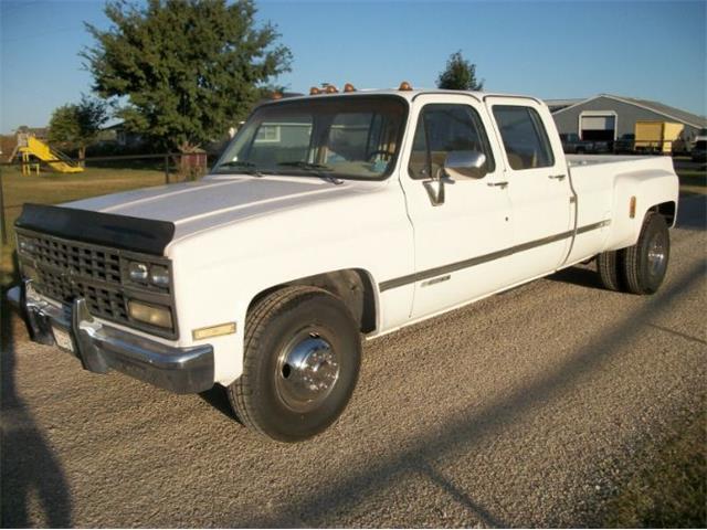 1989 Chevrolet Silverado (CC-1430472) for sale in Cadillac, Michigan
