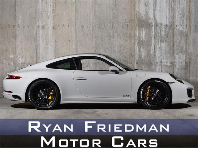2018 Porsche 911 (CC-1435385) for sale in Valley Stream, New York