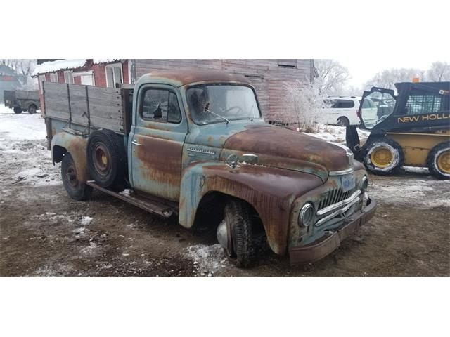 1950 International L110 (CC-1435488) for sale in Thief River Falls, MN, Minnesota