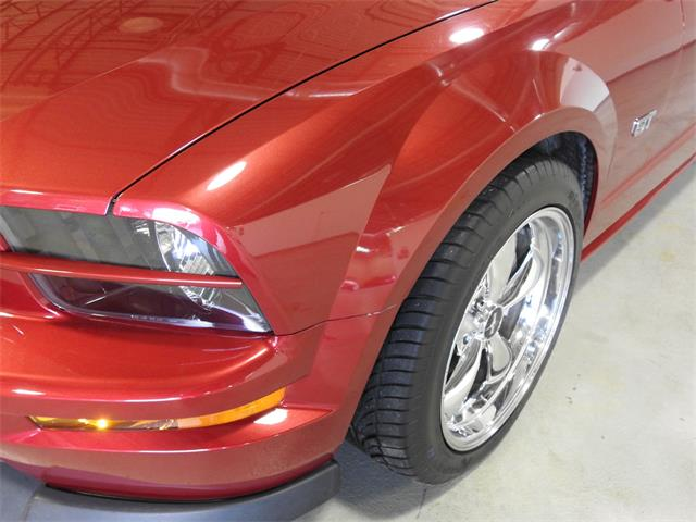 2006 Ford Mustang (CC-1435535) for sale in O'Fallon, Illinois