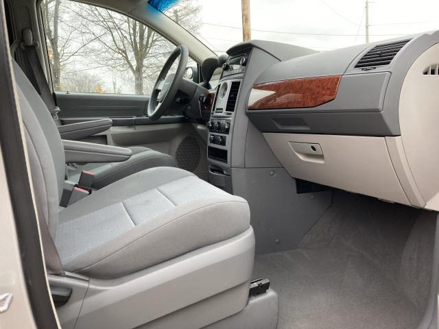 2009 Chrysler Town & Country (CC-1435585) for sale in Marysville, Ohio