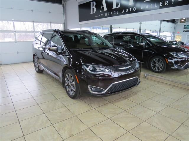 2017 Chrysler Pacifica (CC-1435725) for sale in St. Charles, Illinois