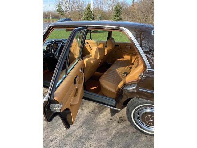 1973 Mercedes-Benz 220 (CC-1435805) for sale in Carol Stream, Illinois